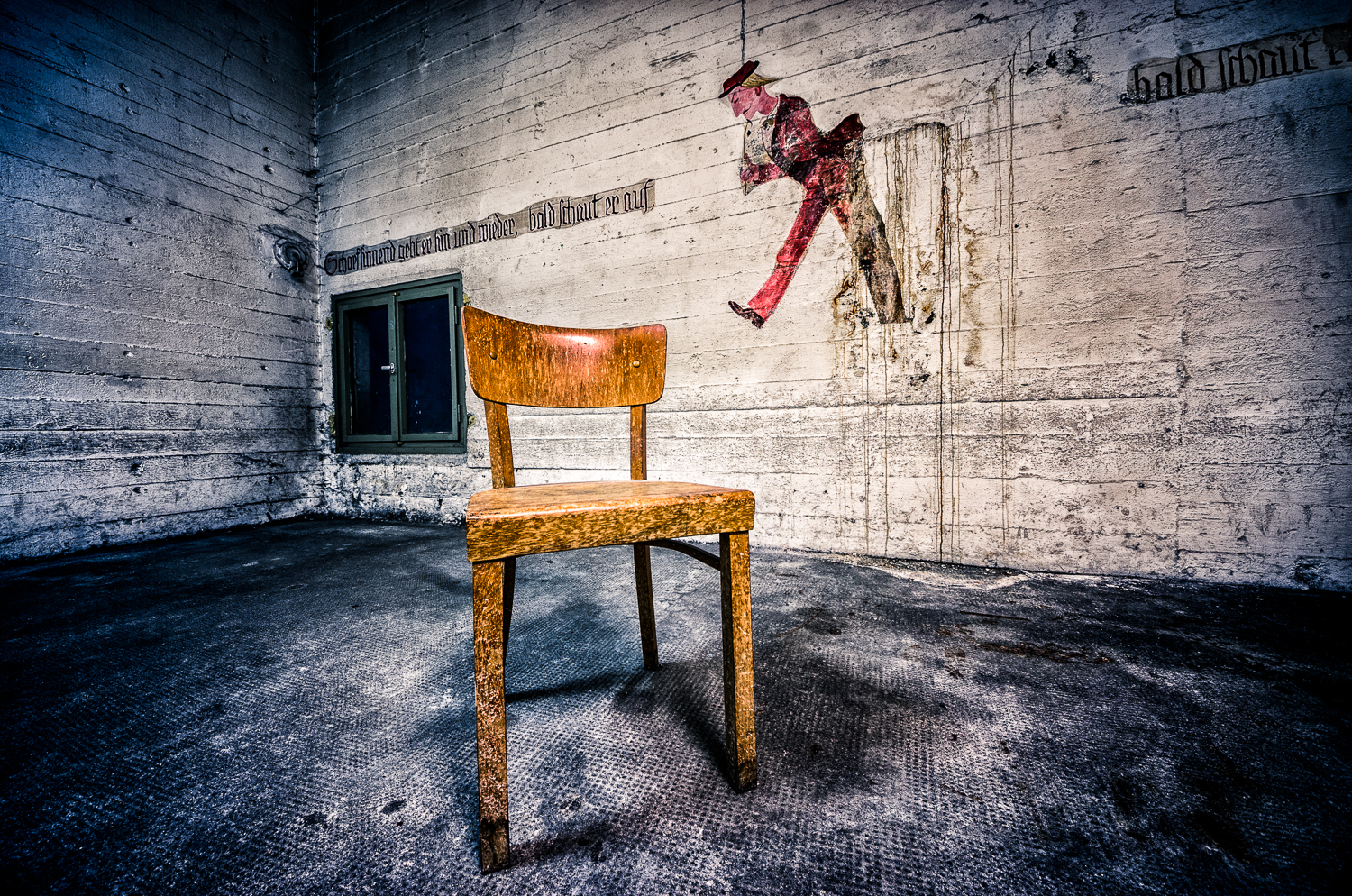 The shelter # 2 - The empty chair