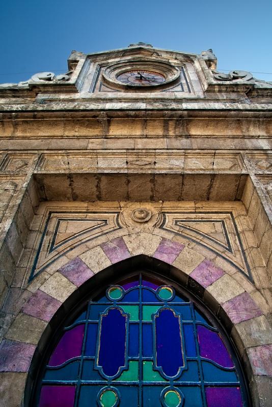 Un particolare della facciata della stazione di Hejaz