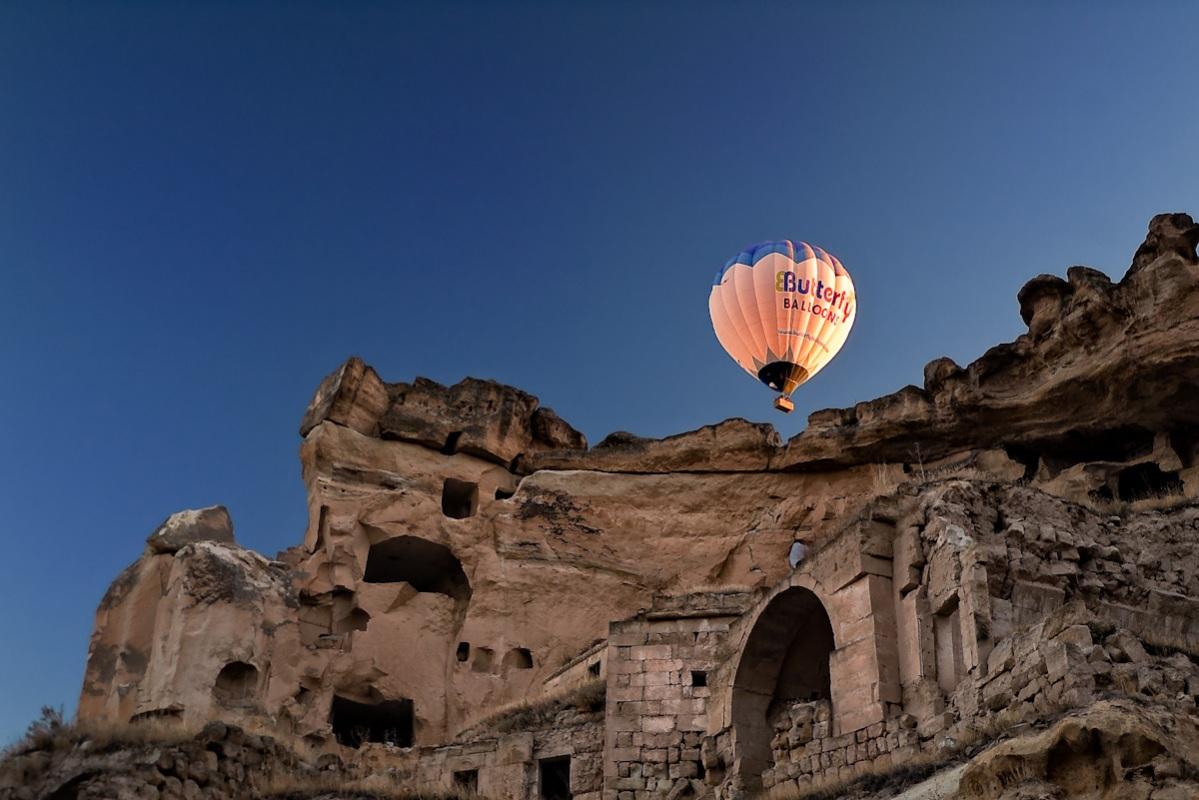 Balloon rise 1