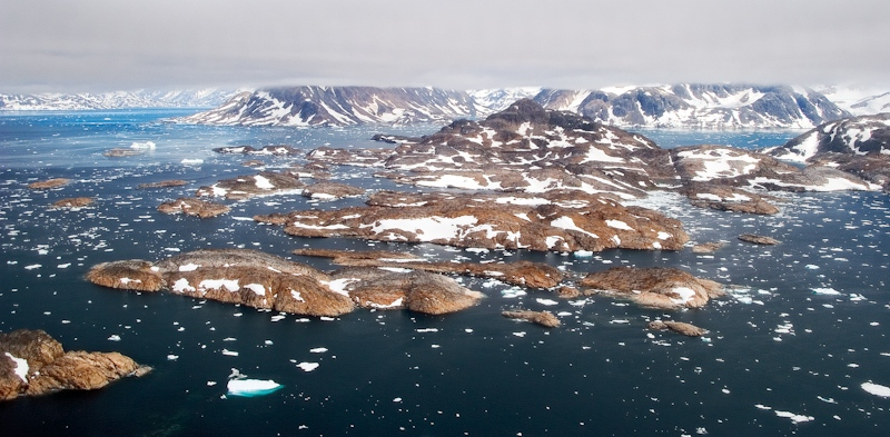 angmassalik-island-from-the-helicopter-1