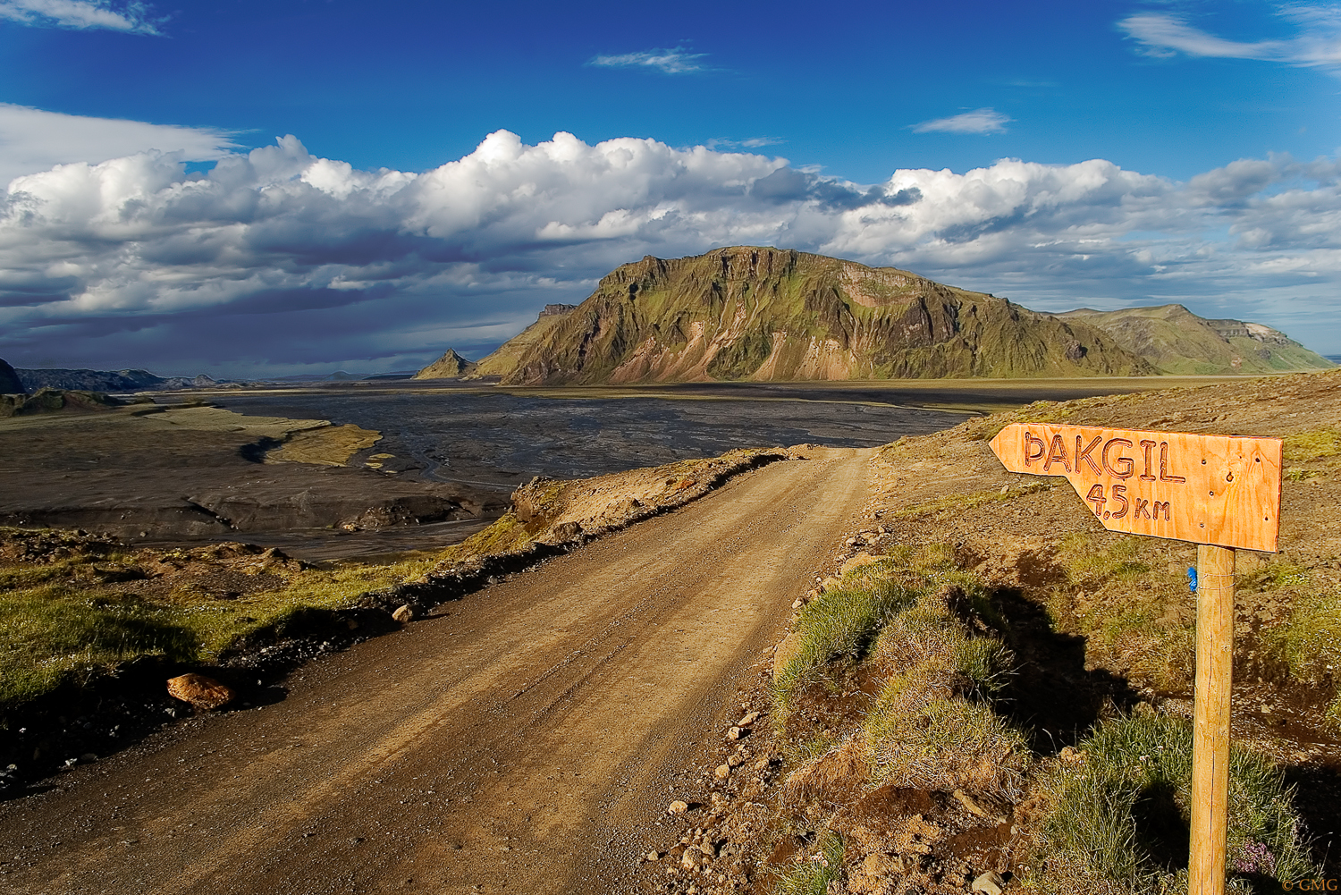 Road to Thakgil, Iceland