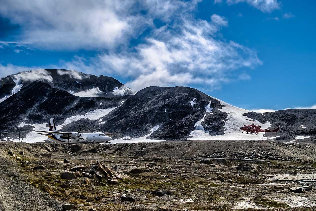 La pista dell' aeroporto di Kulusuk, Groenlandia Orientale