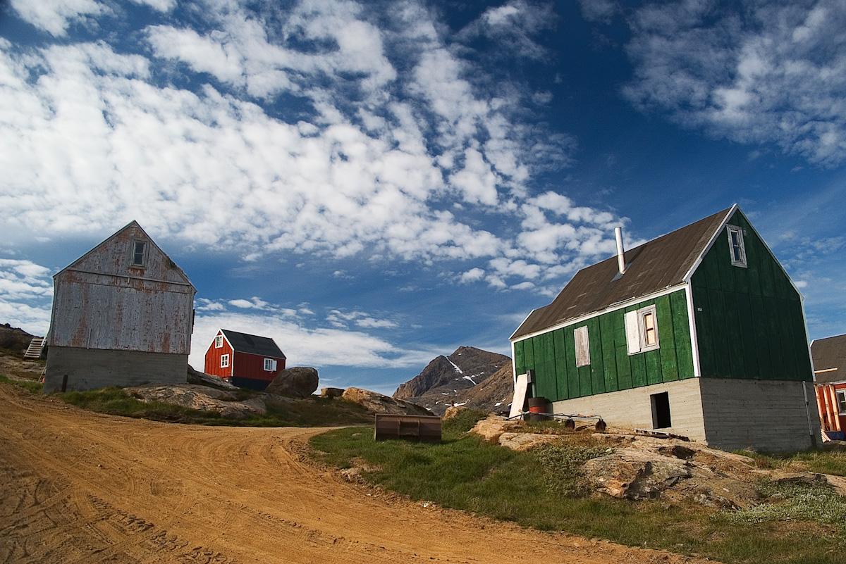 Strade e case di Tasiilaq, Groenlandia Orientale
