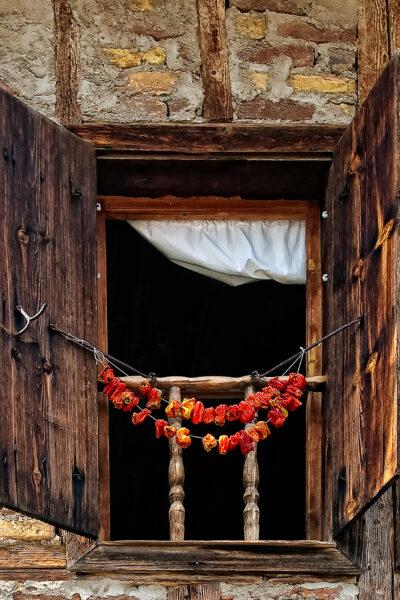 Yörük Köyü - Window and peppers