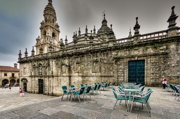 Santiago tangles of history - Quintana dos vivos