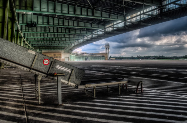 Berlin Tempelhof Canopy and Conveyor belt
