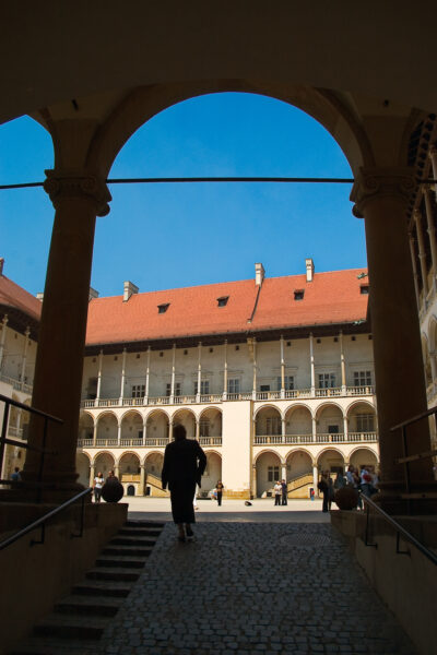 5 wonderful things to see in Krakow and around - Wavel castle courtyard
