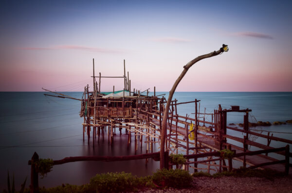 Trabocchi: the tailspin of the giant spiders jetting on the sea - Trabocchi of Abruzzo