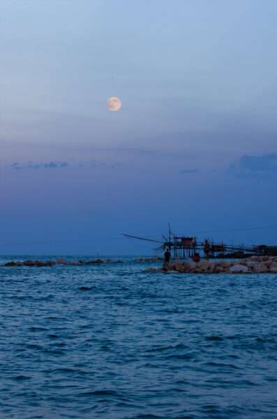 Waiting for the moon - Trabocchi of Abruzzo