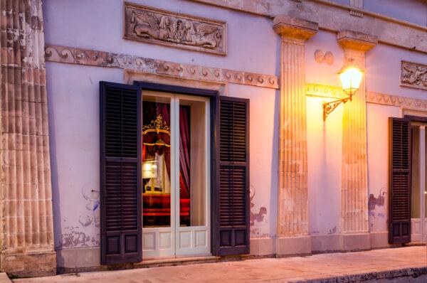 Circolo di Conversazione Ragusa Ibla facciata notte