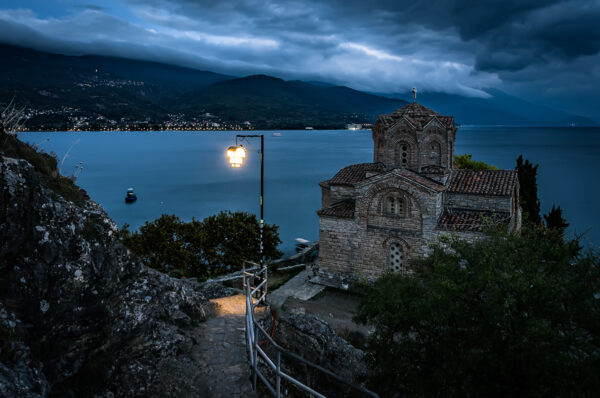 Ocrida, perla di lago - San Giovanni a Kaneo al crepuscolo