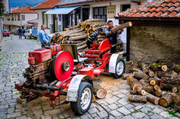 Preparing for wintertime, Ohrid