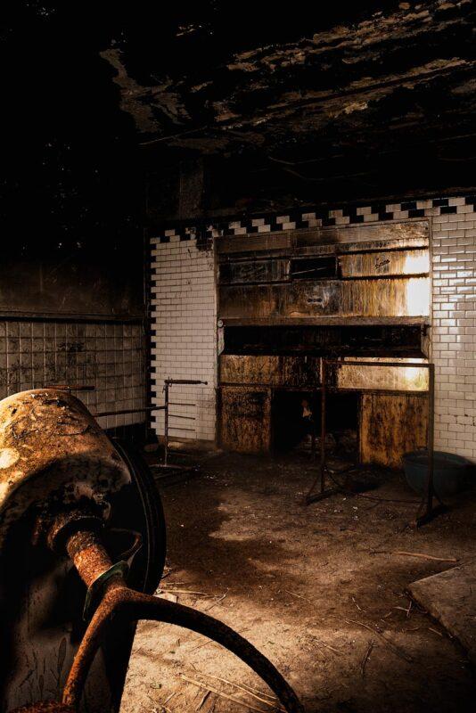 Apice ghost town nostrana. Il forno