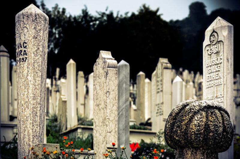 Sarajevo è un pugno in faccia - Cimitero